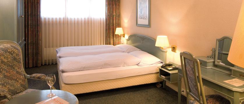 Hotel Silvretta Park, Klosters, Graubünden, Switzerland - double bedroom interior.jpg